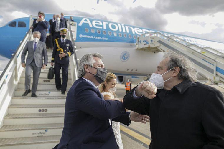 FOTO: Alberto Fernández, junto a Pedro Sánchez.