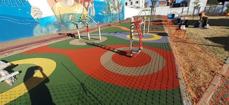 FOTO: Inauguraron una plaza sobre Pasaje Aguaducho en Alberdi