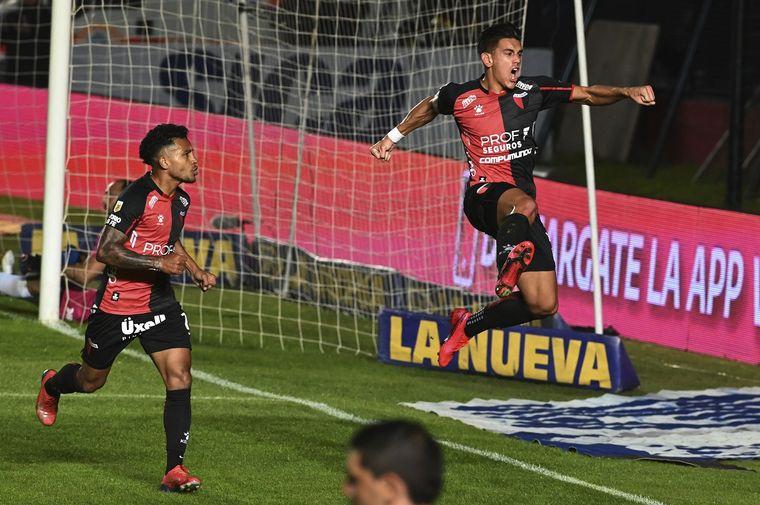 FOTO: Colón le ganó a Talleres por penales y lo sacó para ir a la semifinal