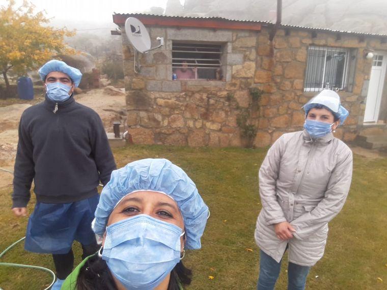 FOTO: Personal de la Municipalidad subió el cordón montañoso para testear.
