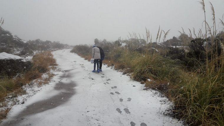 AUDIO: Altas Cumbres: fueron a testear a alumnos en plena nevada