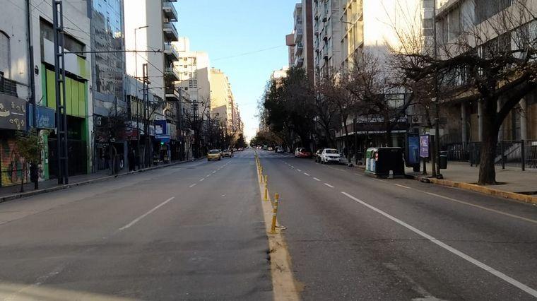FOTO: Se siente el confinamiento estricto en el centro de Córdoba.