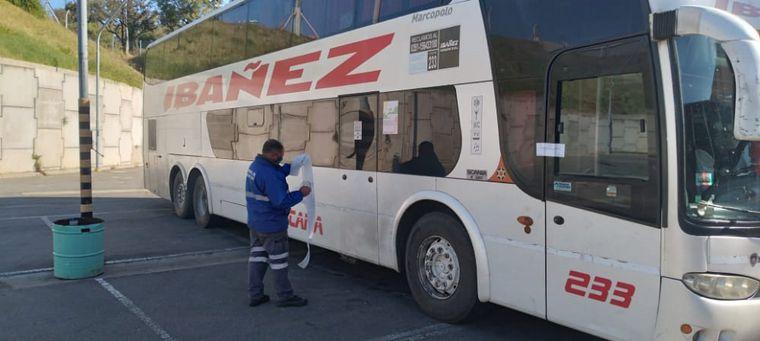 FOTO: Secuestraron en Córdoba un colectivo que venía de Bolivia.