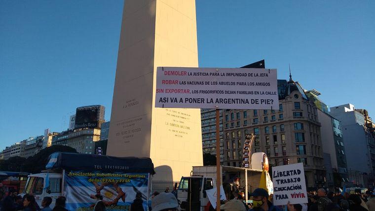 AUDIO: Protestas en todo el país contra el Gobierno nacional