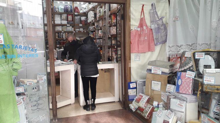 FOTO: Entre el 80% y el 90% de los locales no esenciales están abiertos en Palermo