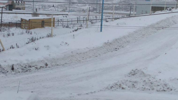 AUDIO: Ushuaia amaneció bajo un manto blanco de nieve y con -9 ºC