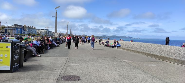 FOTO: Irlanda reabre tras cinco meses de confinamiento
