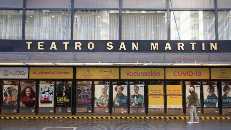 AUDIO: El Teatro San Martín funciona como vacunatorio en CABA