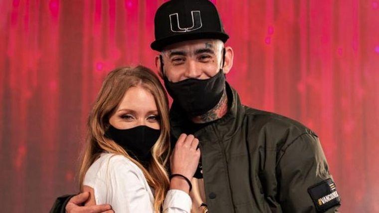 FOTO: Ulises y Rocío durante su debut en La Academia.