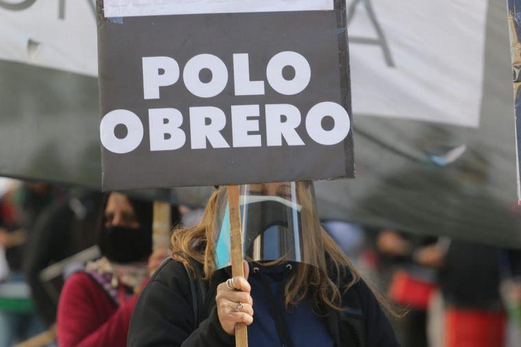 FOTO: Peluqueros, centros de estética y barberías se movilizaron en el Patio Olmos.