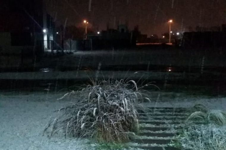 FOTO: Postales de la nieve en Río Tercero.