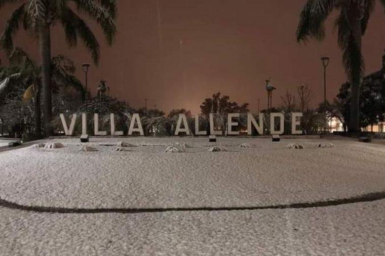 FOTO: Postales de la nieve en Villa Allende