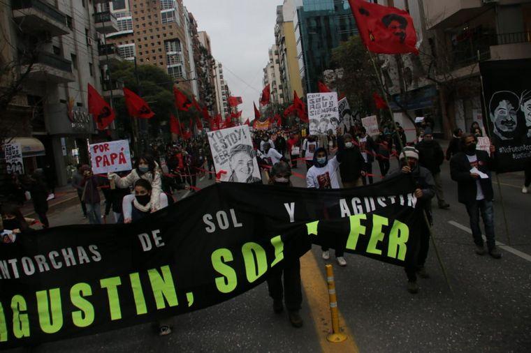 FOTO: Los familiares de las víctimas de Circunvalación marcharon en Córdoba.