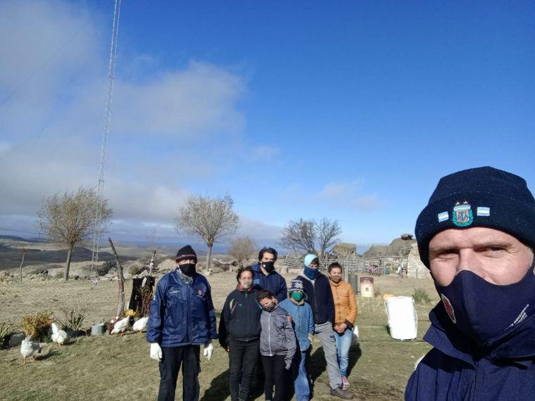 FOTO: Consiguieron Wi-Fi para los hermanitos de Paraje La Ventana