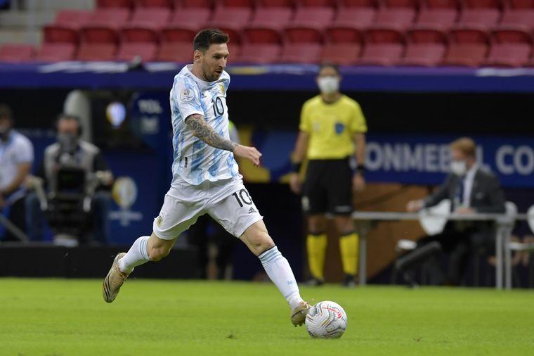 FOTO: Argentina venció con lo justo a Paraguay y avanzó a cuartos