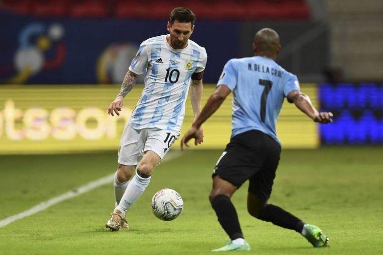 FOTO: Guido Rodríguez marcó el 1 a 0 para Argentina (Reuters)