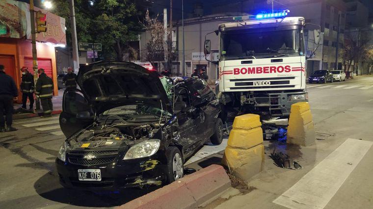 FOTO: Grave choque en avenida Colón y Monseñor de Andrea en Córdoba.