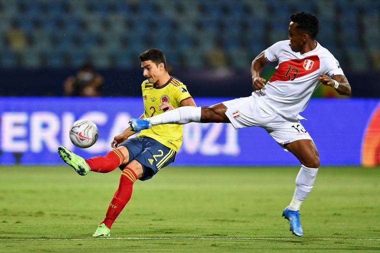 AUDIO: 2° Gol de Perú a Colombia (Mina)