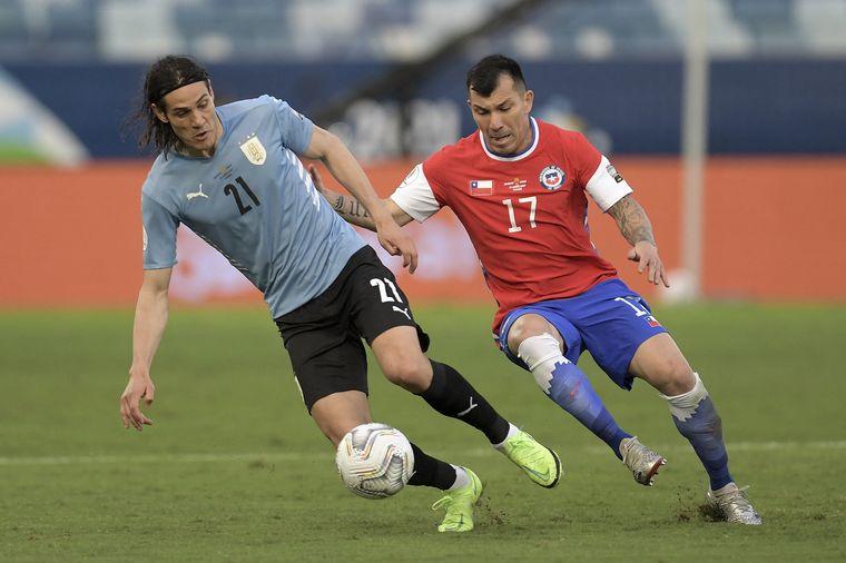 FOTO: Chile y Uruguay igualaron 1-1.