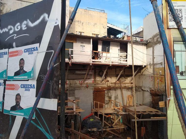 AUDIO: Tres heridos tras derrumbe en una obra en Buenos Aires