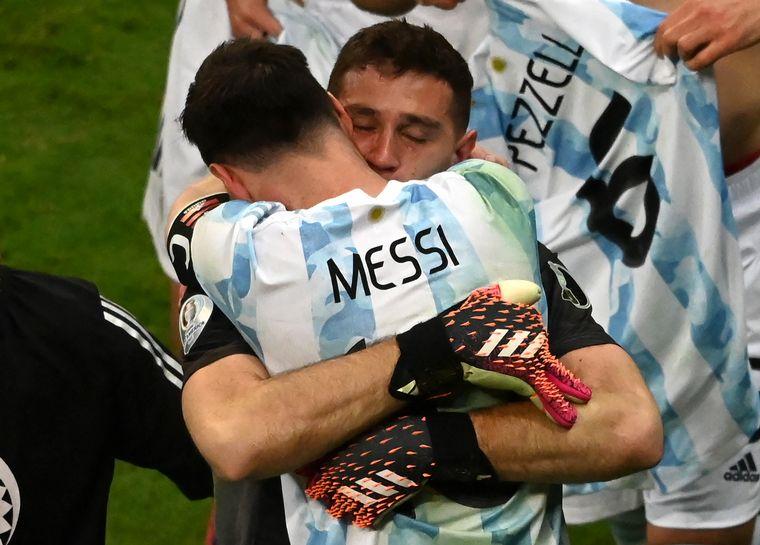 FOTO: El gesto de Martínez por el que debió ser expulsado.