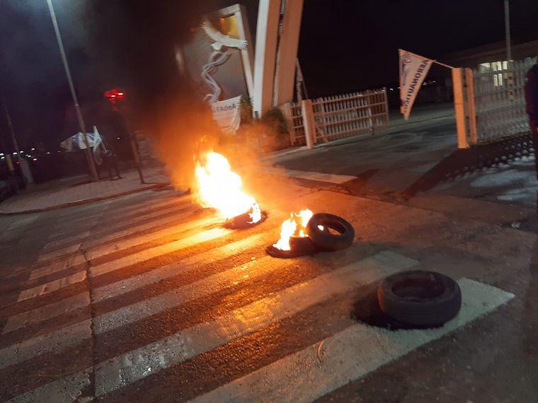 AUDIO: Protesta de trabajadores de Fadea en Av. Fuerza Aérea