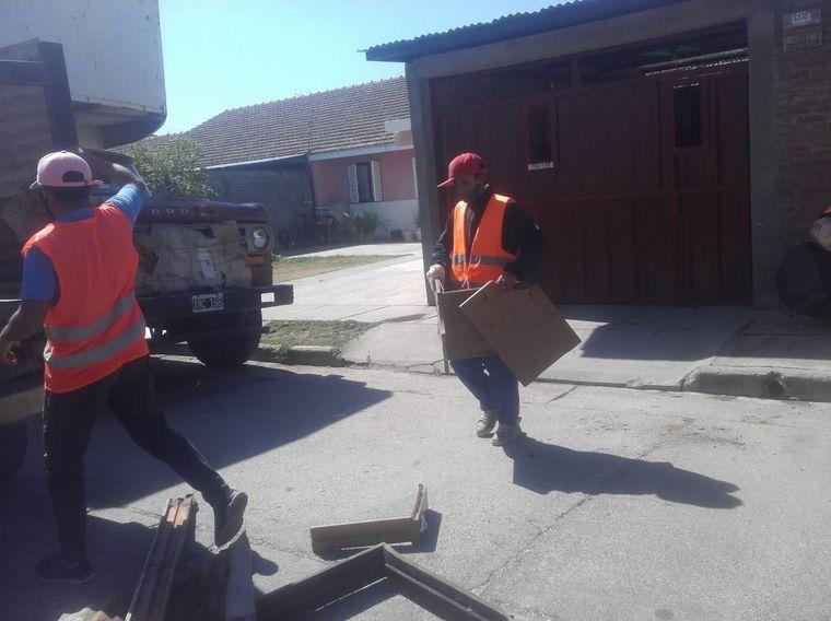 AUDIO: Recolectan basura para hacer ladrillos ecológicos en Salta