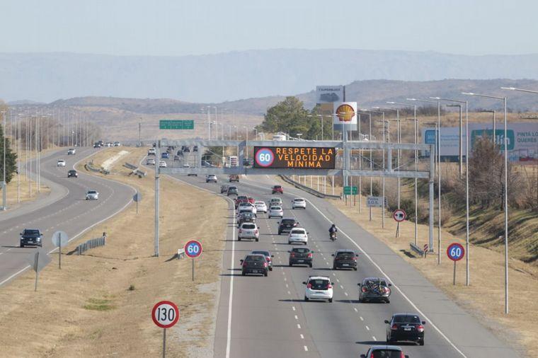 FOTO: Movimiento masivo de autos en las rutas de Córdoba