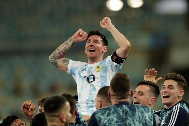 FOTO: Argentina rompió una sequía de 28 años y se consagró campeón de la Copa América.