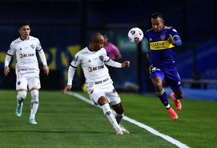 FOTO: A Boca le anularon un gol del