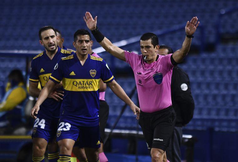 Copa Libertadores: suspenden a los árbitros que anularon el gol de Boca frente al Atlético Mineiro