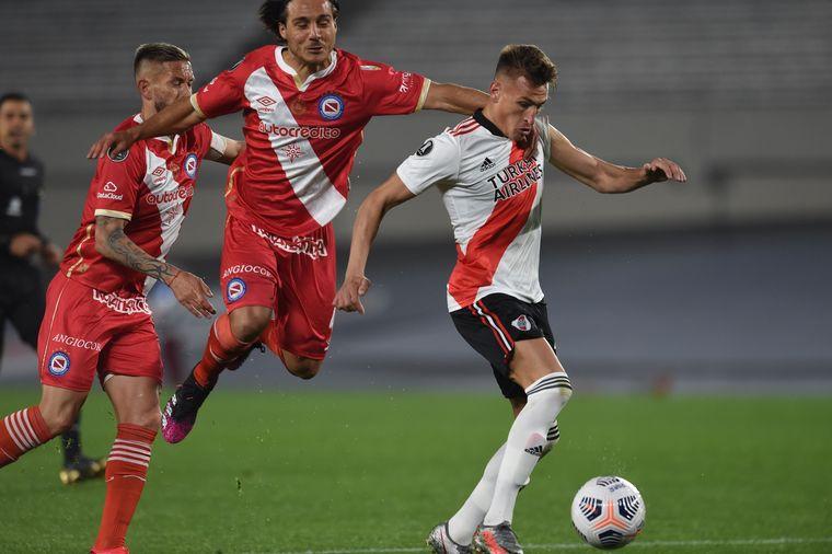FOTO: El equipo de Gallardo está obligado a hacer al menos un gol en la revancha.