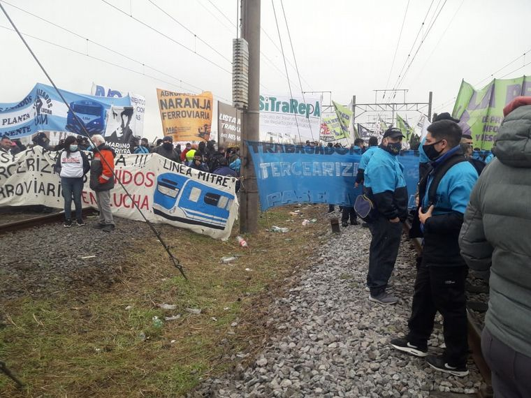 AUDIO: Un corte en la estación Avellaneda afecta la línea Roca