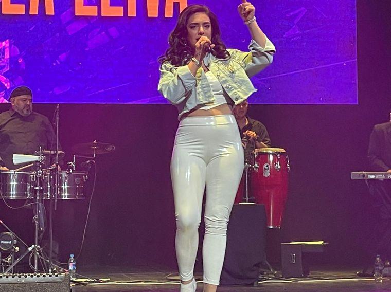 FOTO: Ángela Leiva brilló en el Teatro Luxor de Carlos Paz