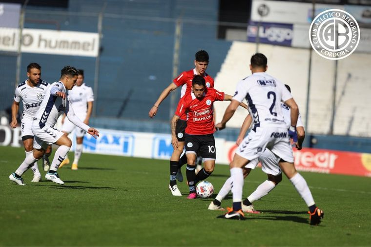 AUDIO: 3º Gol de Belgrano (Longo)