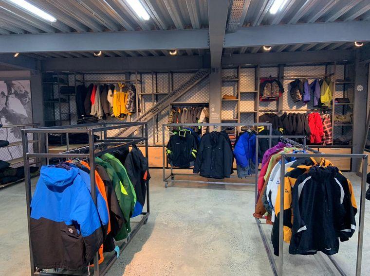 AUDIO: Cuánto sale alquilar el equipo de ropa completo para la nieve en Ushuaia