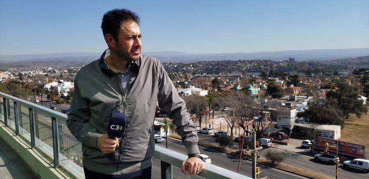 FOTO: Raúl Monti y Viva la Radio transmiten desde Villa Carlos Paz