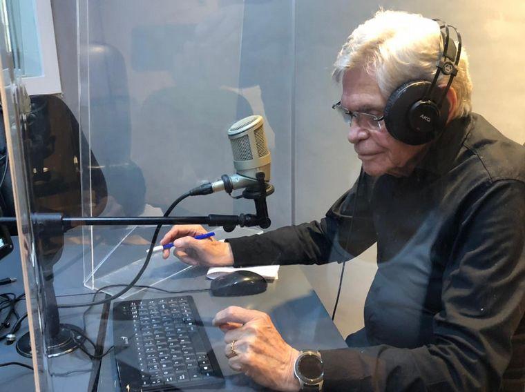 FOTO: Rony Vargas entrevistó a Raúl Lavié
