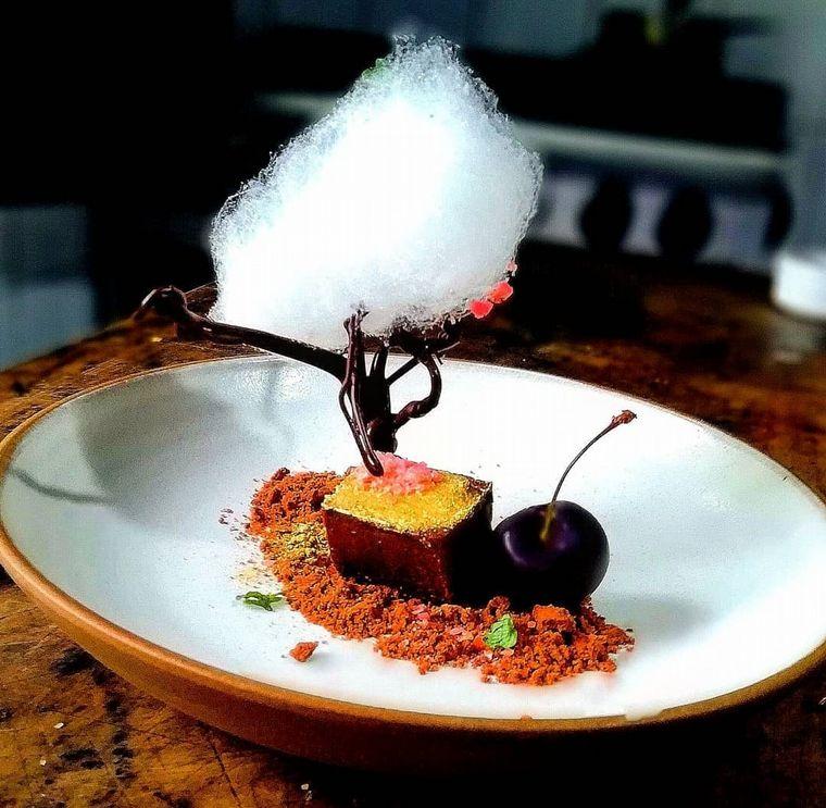 FOTO: La Torgnole, gastronomique: comidas con técnicas francesas y acento cordobés