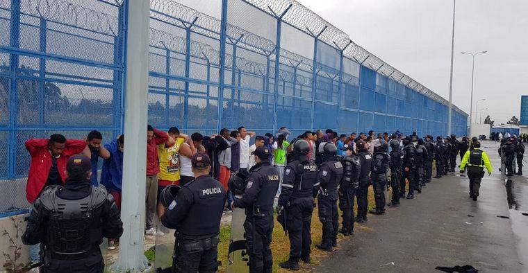 FOTO: Ambos motines fueron controlados (Foto: Ecuavisa Noticias).