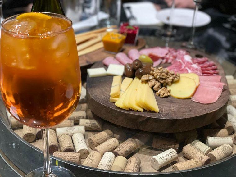 FOTO: Fede Bal se suma a la experiencia gastronómica cordobesa
