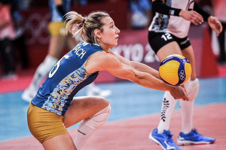 FOTO: Las Panteras suman nueva derrota en el vóleibol femenino