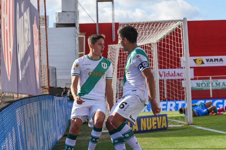 AUDIO: 1º gol Banfield (Juan Cruz) La Central Deportiva