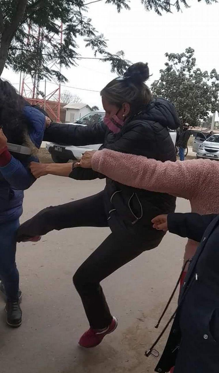 AUDIO: Agredieron a golpes a una concejal opositora en Salta