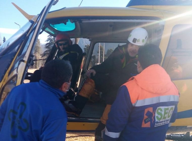 FOTO: Rescataron a tres andinistas cordobeses en Mendoza