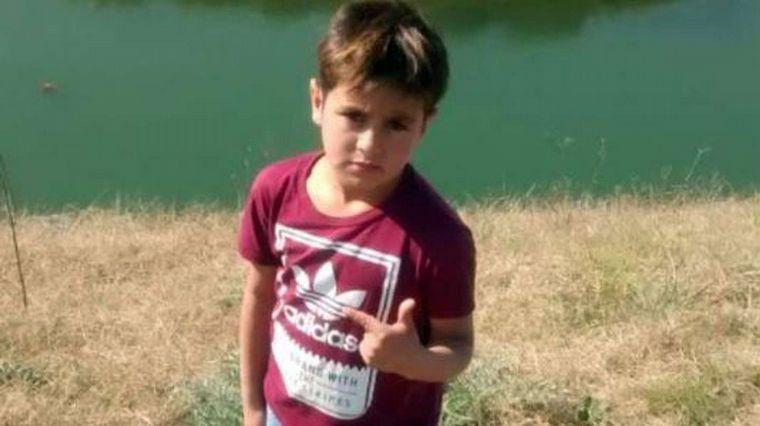 FOTO: Hallaron muertos al niño y a su padrastro en Merlo