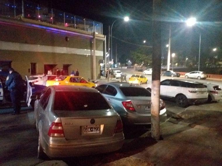 FOTO: 250 personas en una fiesta ilegal en un boliche de Córdoba.