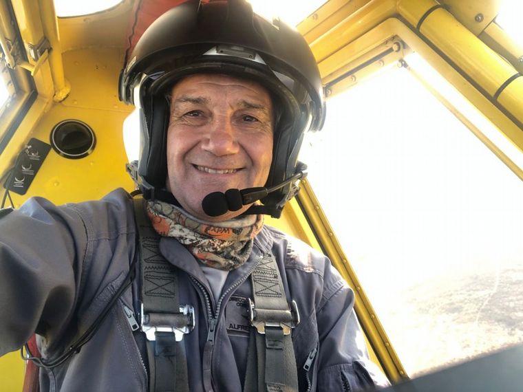 """FOTO: Piloto de avión hidrante: """"Siempre estamos al límite"""""""