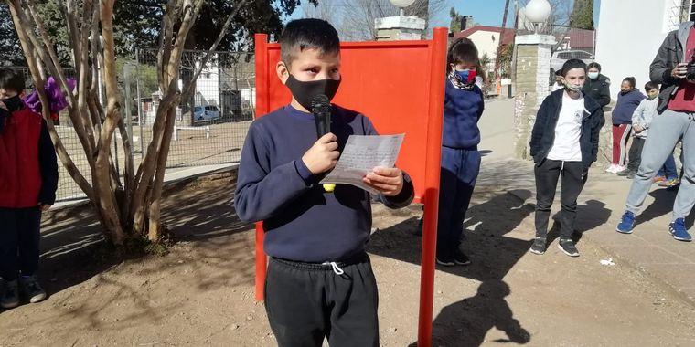 FOTO: El Cruce por la Educación en Agua de Oro