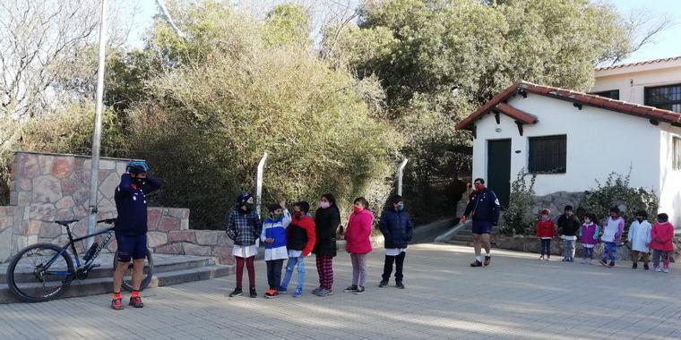 FOTO: El Cruce por la Educación en la escuela Dra. Cecilia Grierson en Los Cocos